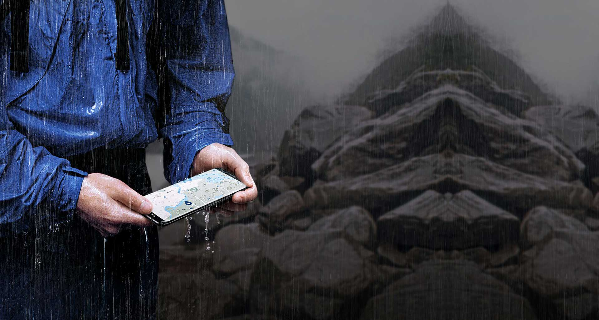 محافظت از گوشی SM-G955fd در برابر آب و گرد و غبار